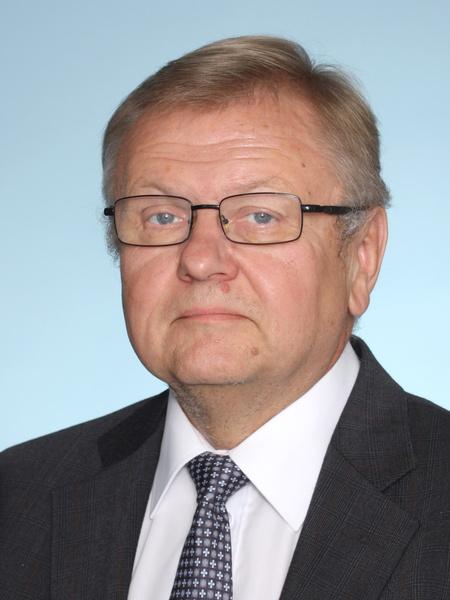 Erkki Axén : kaupunginvaltuutettu, insinööri