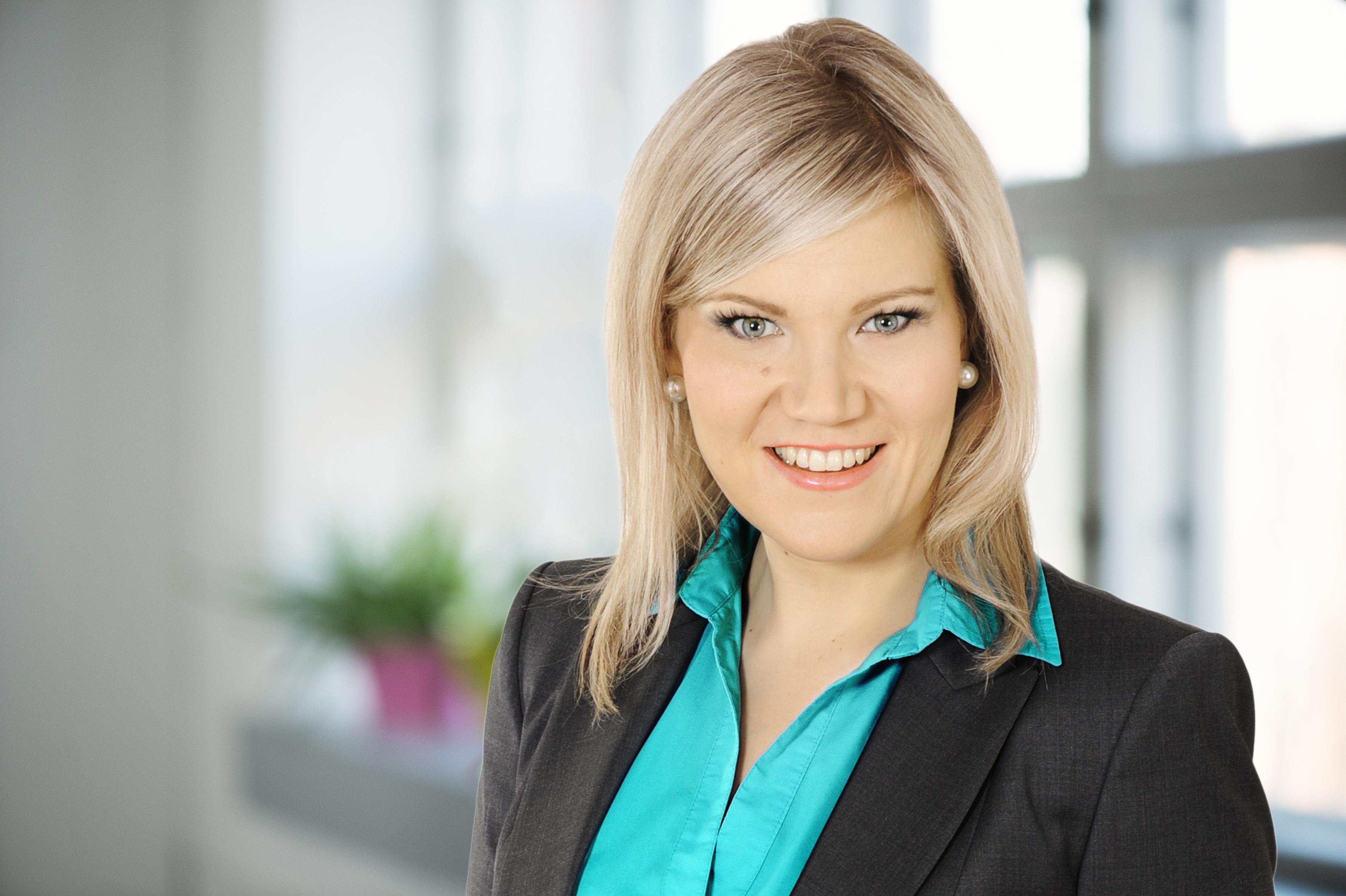 Sofia Vikman : kansanedustaja, YTM