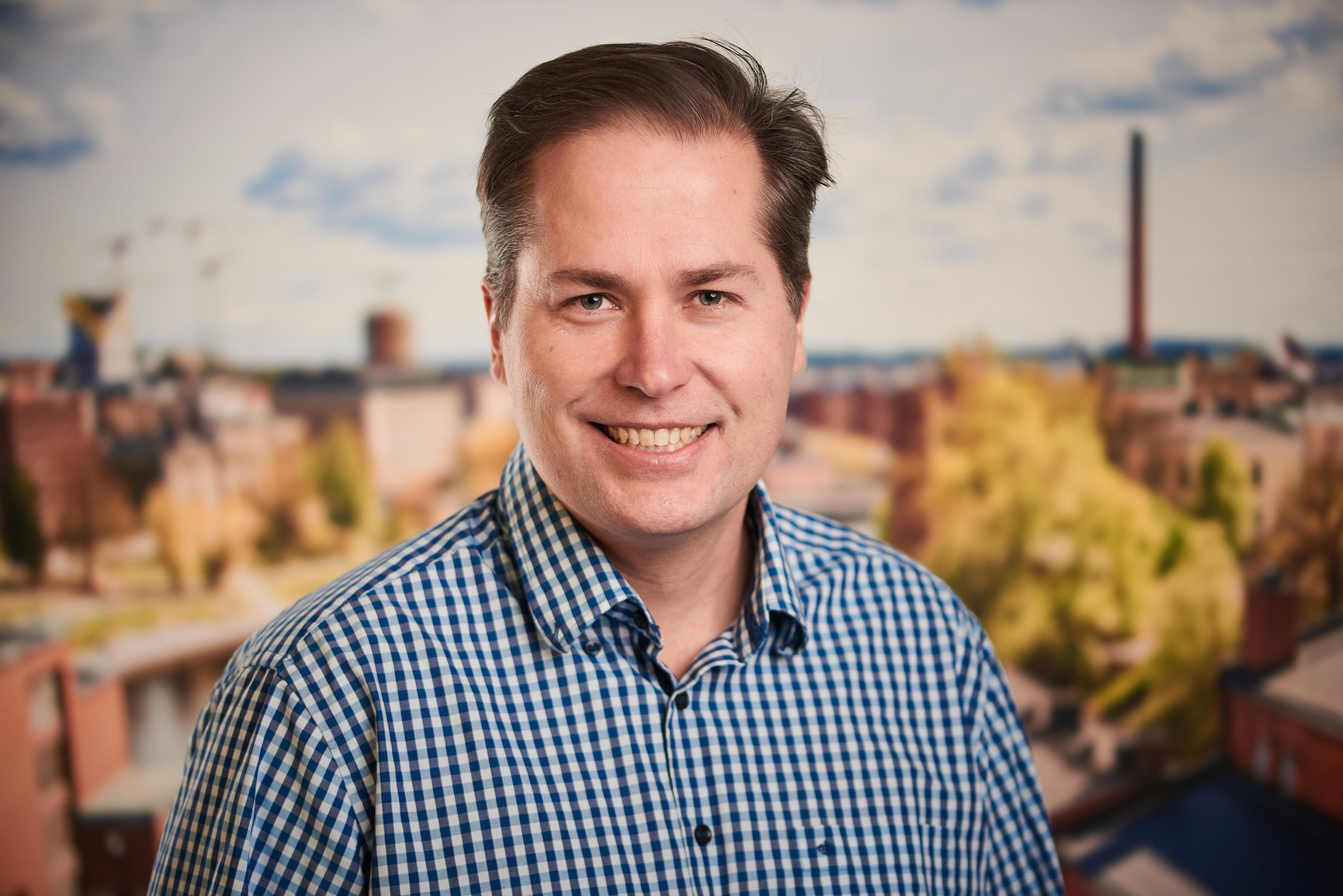 Antti Ivanoff : DI